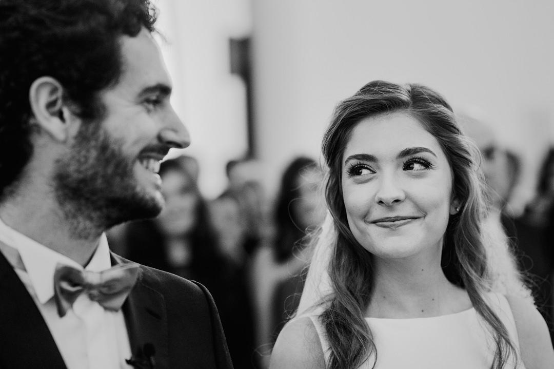 olhar entre noivo e noiva