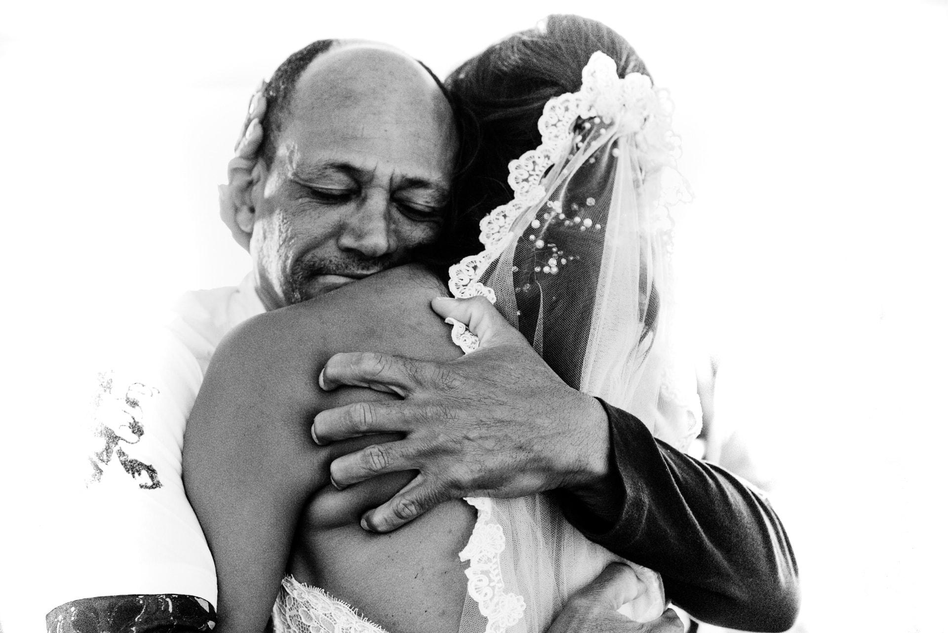 wedding in Porto, Portugal - Juicily & Miguel - Photo by Luis Efigenio
